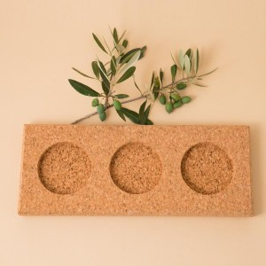 Three bowls with Cork tray by Manuela Gonçalves.